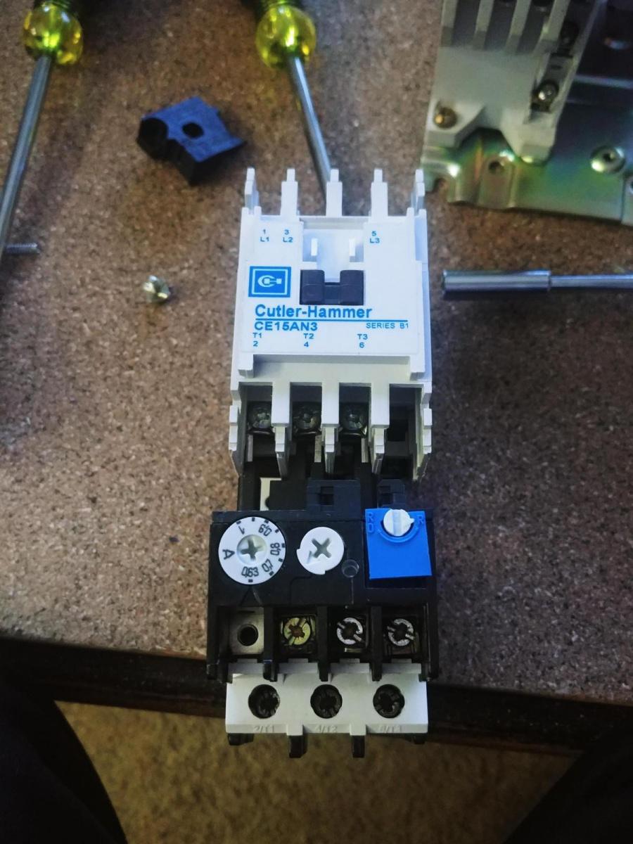 Change pushbutton screw terminals?-20180202_170353_1517612866510.jpg