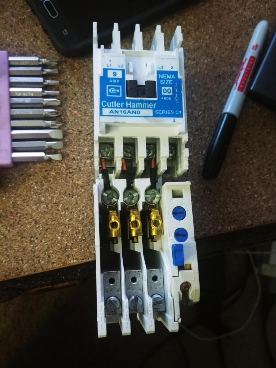 Change pushbutton screw terminals?-20180202_170406_1517612919496.jpg