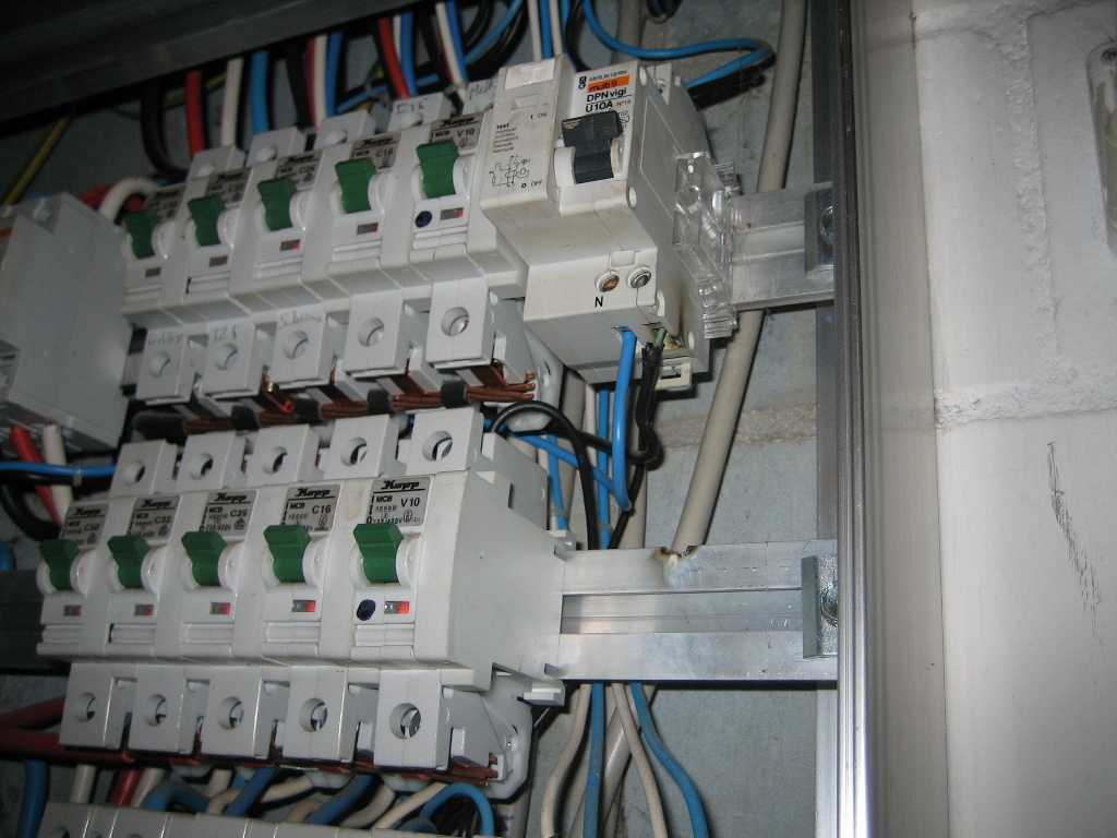 The differences in our electrical systems - Page 13 - Electrician ...