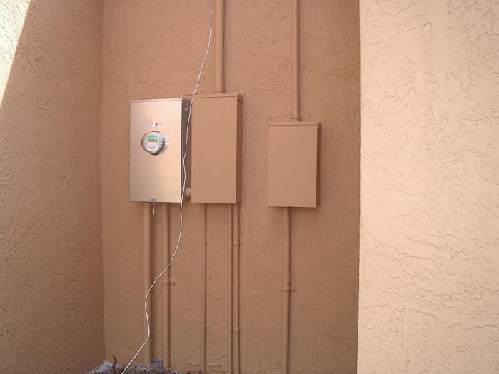 100Amp + 200Amp off the same meter?-300-amp.jpg