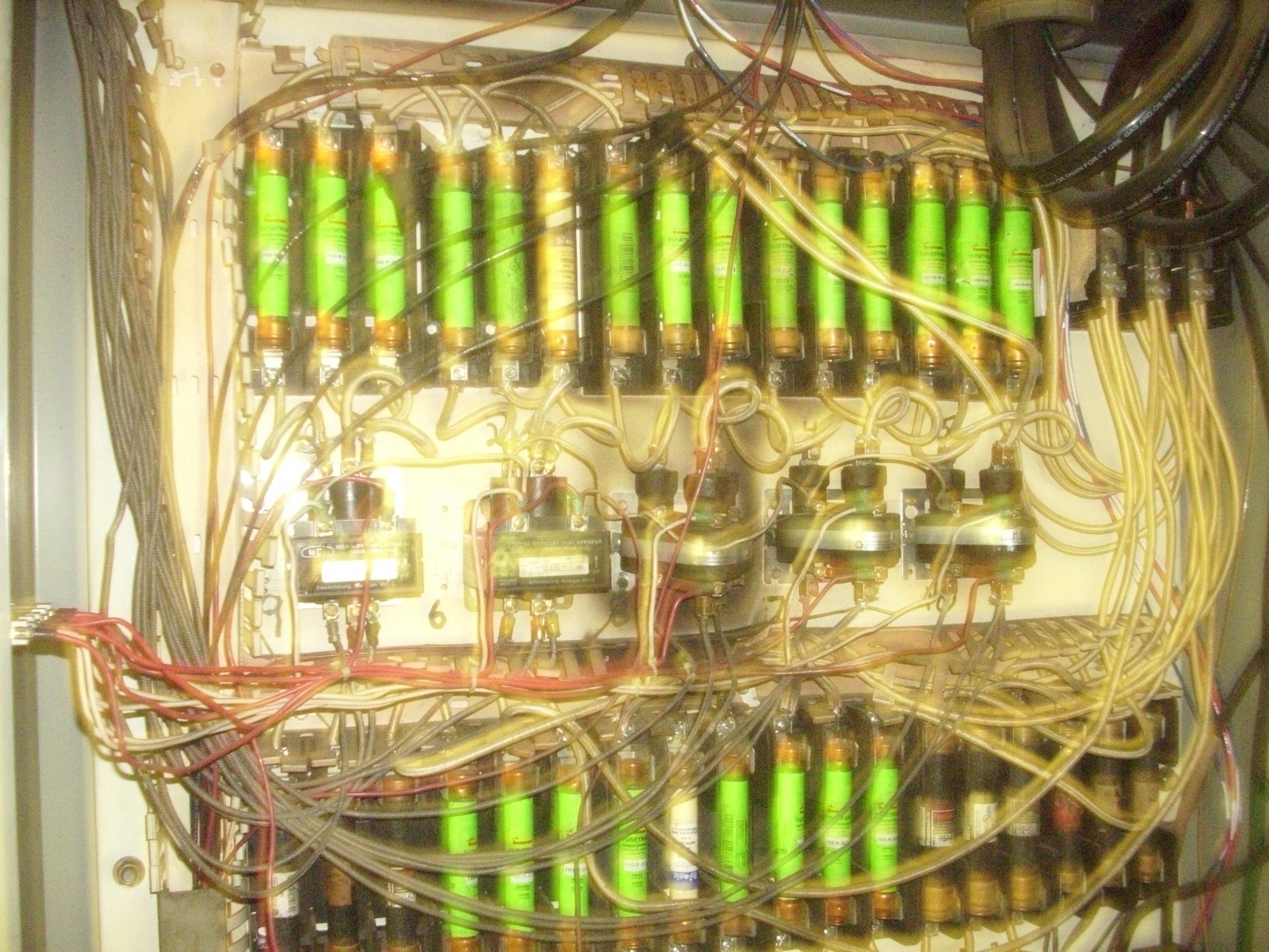 nice cabinet maintenance-dsci7044.jpg