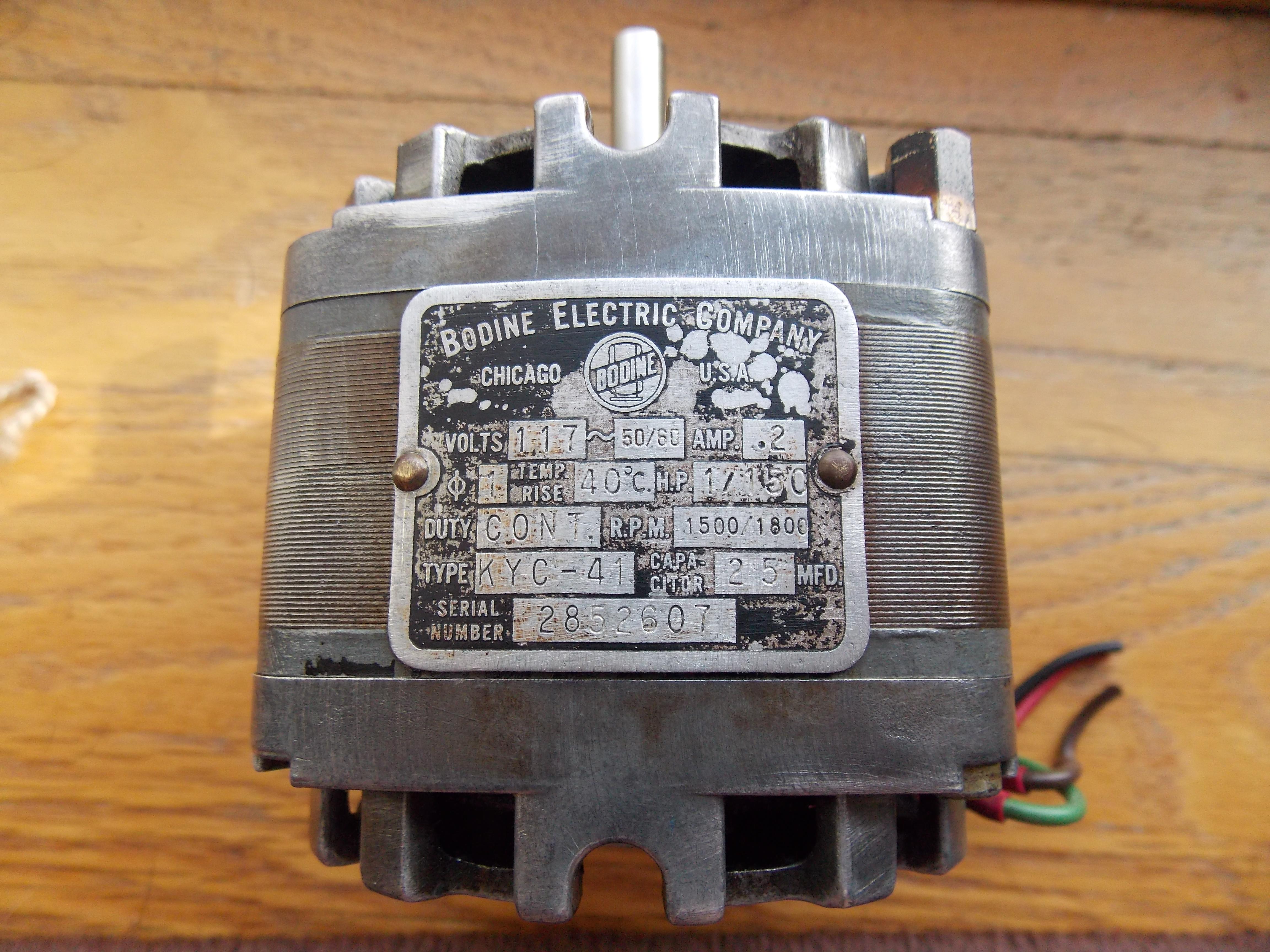 Capacitor for motor start-dscn1081.jpg