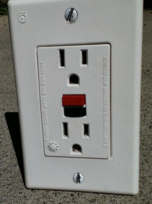 Gfi receptacle with alarm-gfi-alarm-001.jpg