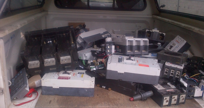 What do you do with old breakers?-img-20130625-00125.jpg