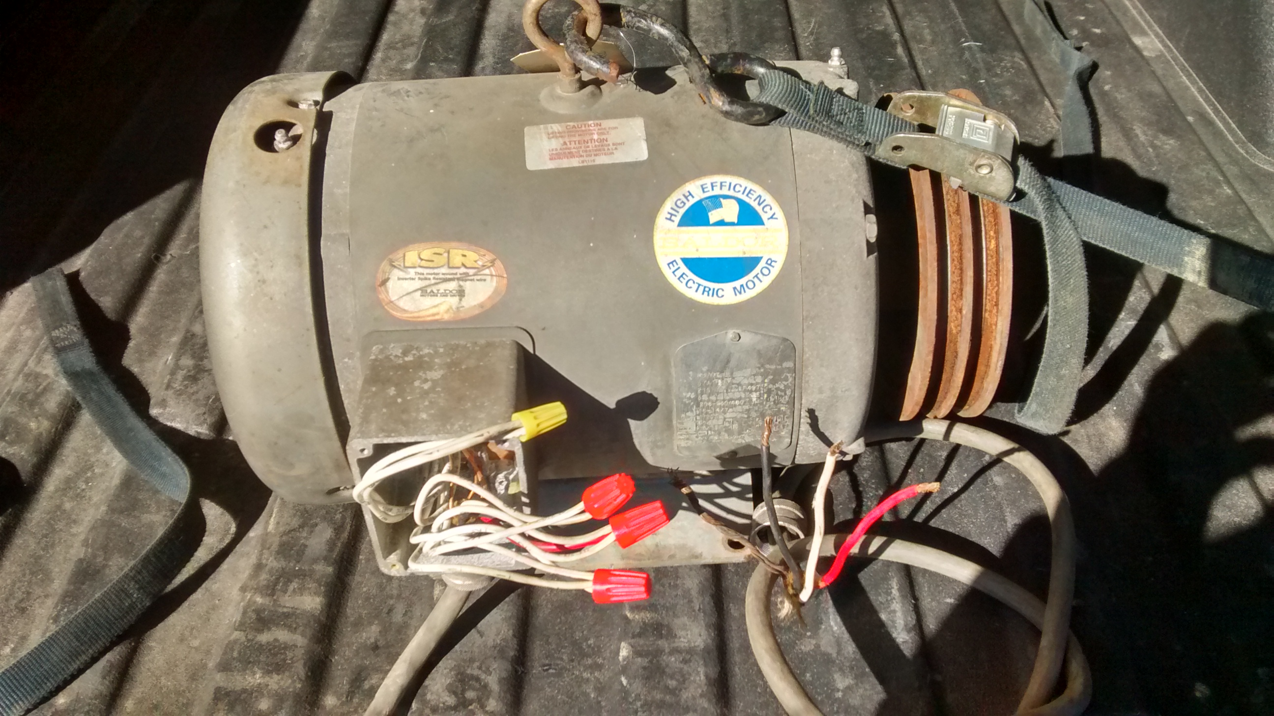 I need to run this motor on single phase. (with photos)-img_20160129_142037499_hdr_1454102182979.jpg