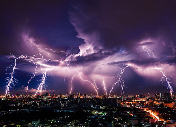 Working During Lightning – Is It Ever Safe?