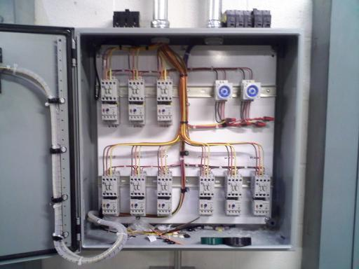 480 subpanel and motor starter panel i did electrician for Motor starter control panel