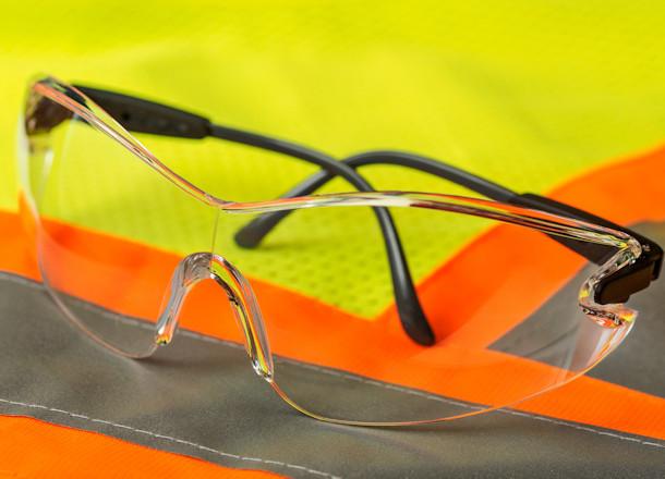 Keep Those Eyes Safe! Eyewear for Electricians