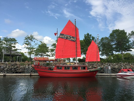 the chinese junk boat